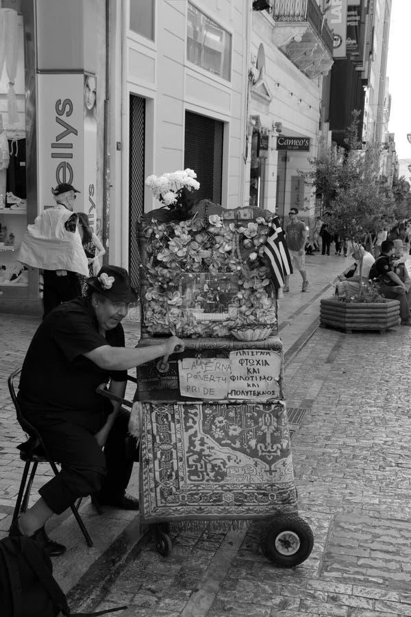Mężczyzna laterna baryłki pianino obrazy stock