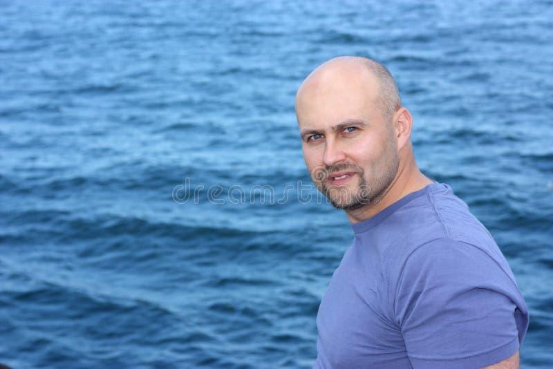 mężczyzna morze obraz royalty free