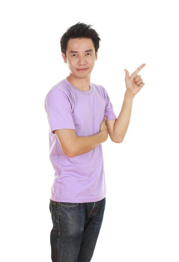 Mężczyzna myśl pomysł z koszulką fotografia royalty free