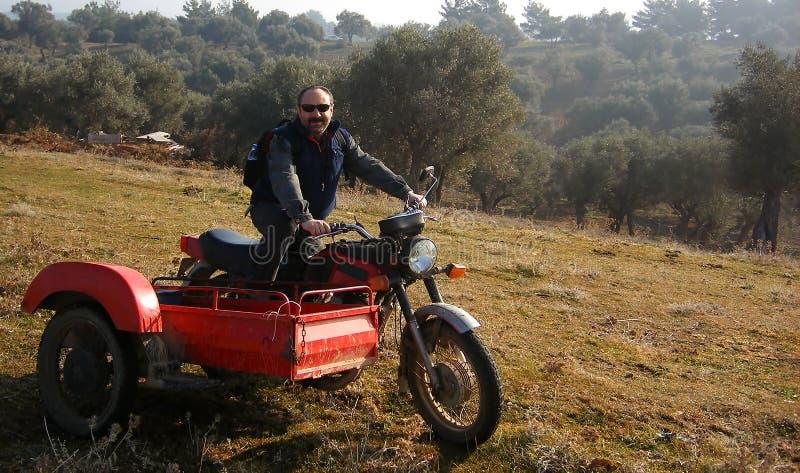 Mężczyzna na motocyklu fotografia royalty free