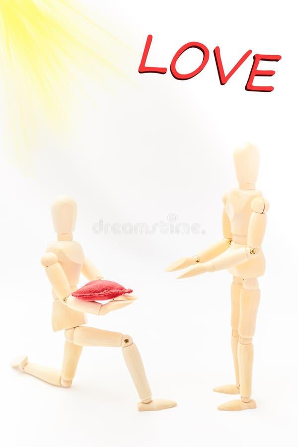 Mężczyzna oznajmia jego miłości kobieta fotografia stock