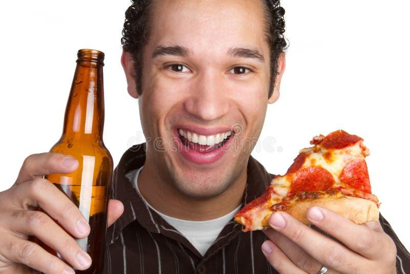 Mężczyzna Piwna Pizza Zdjęcie Royalty Free
