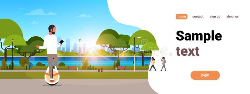 Mężczyzna przejażdżki elektryczny mono koło używać smartphone faceta ogłoszenia towarzyskiego transportu natury nowożytnego plene ilustracji