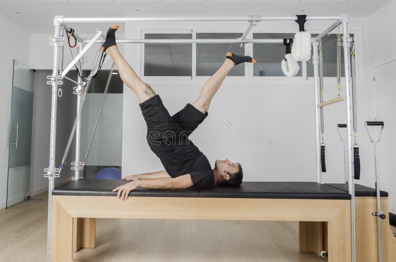 Mężczyzna robi pilates w Cadillac obraz royalty free