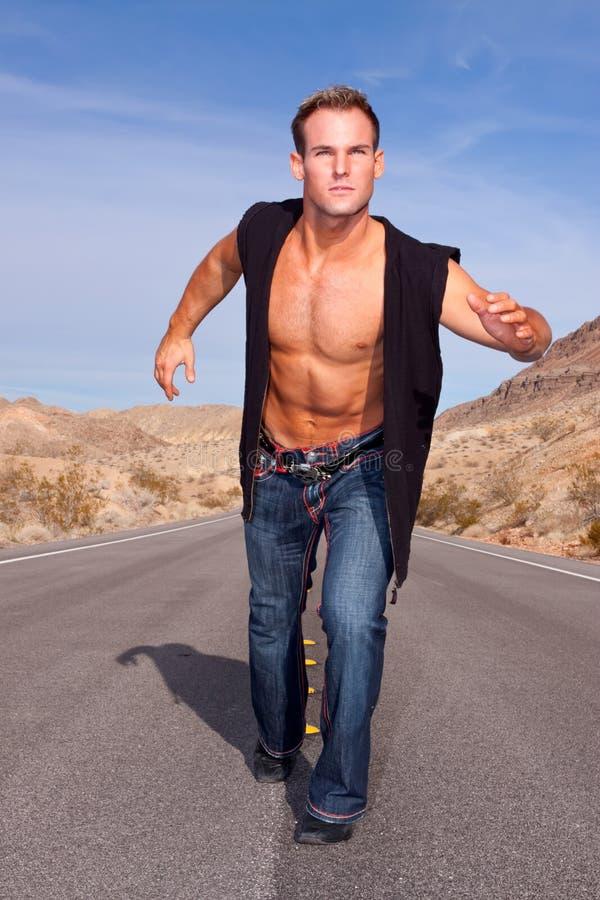 mężczyzna seksowny mięśniowy obrazy stock