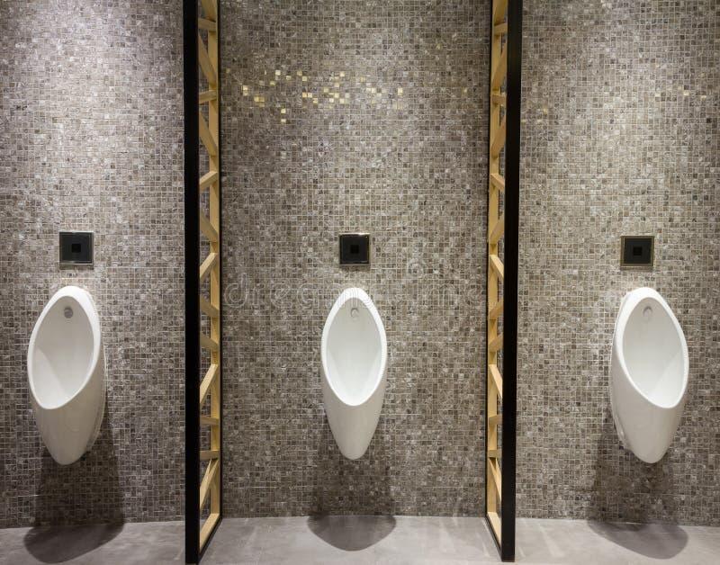 Mężczyzna społeczeństwa toaleta fotografia stock