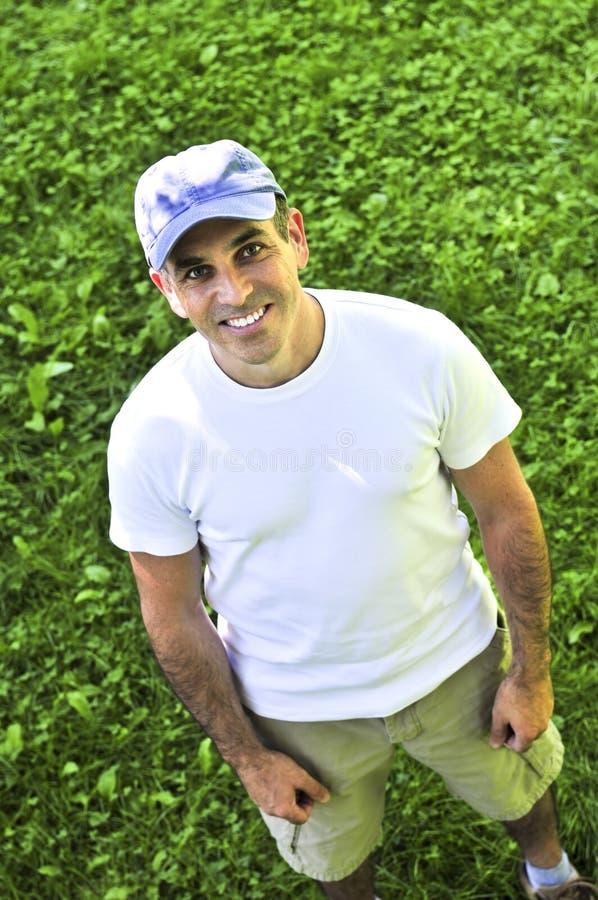 mężczyzna uśmiechać się ja target3424_0_ obraz royalty free