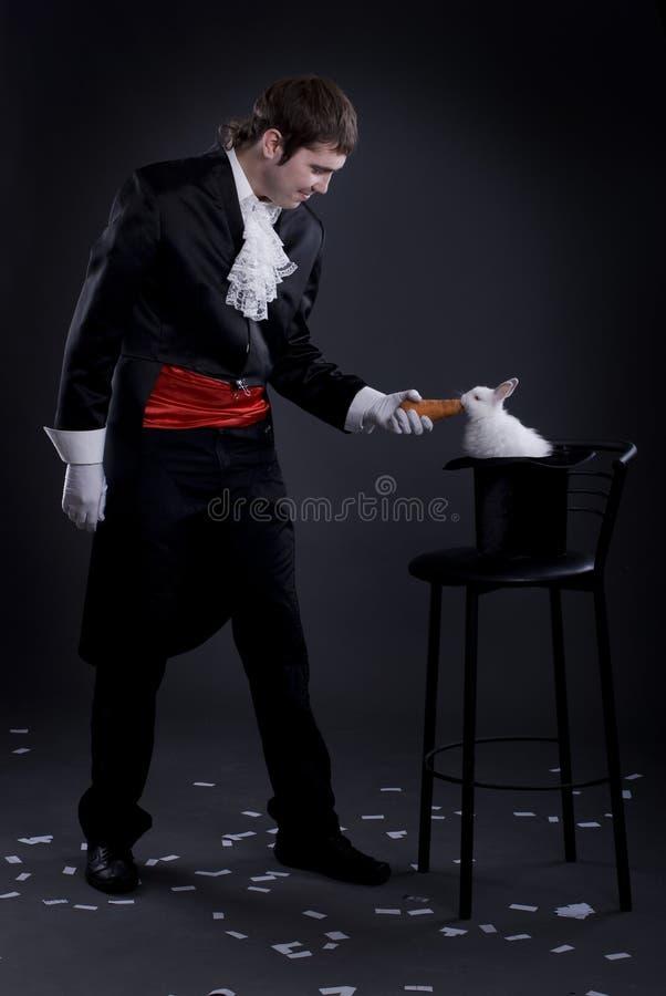 Mężczyzna ubierający jako magik fotografia royalty free