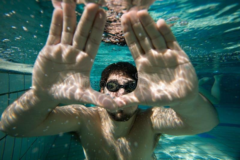 mężczyzna underwater zdjęcie royalty free
