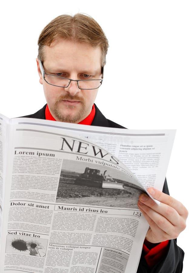mężczyzna wiadomości czytanie obrazy stock