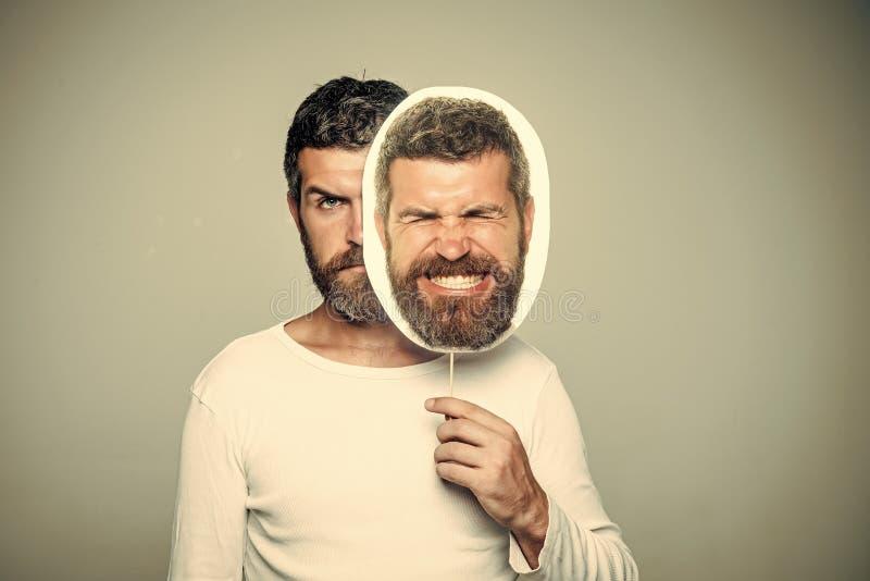 Mężczyzna z długą brodą i wąsy zdjęcie royalty free