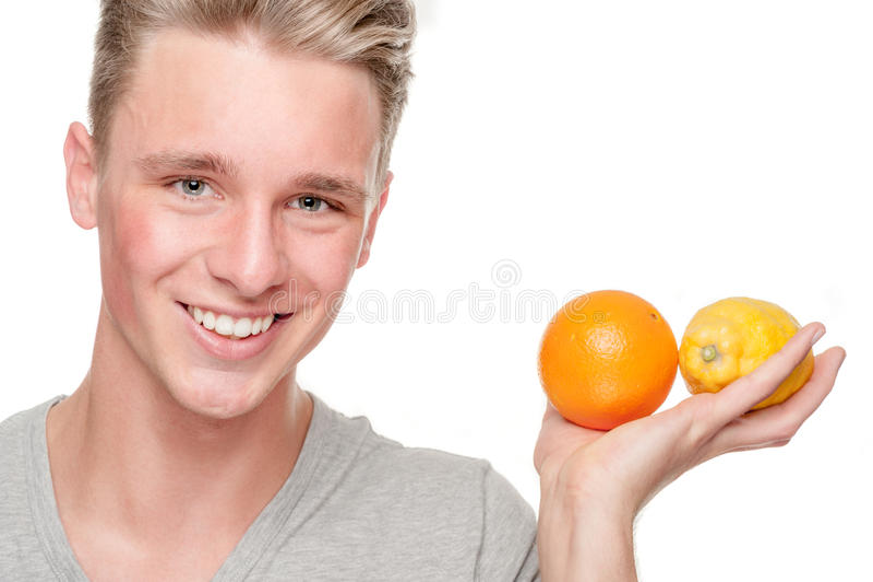 Mężczyzna z owoc obraz royalty free
