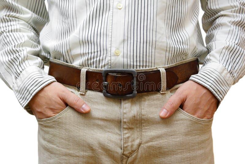 Mężczyzna z rękami w kieszeniach obrazy stock