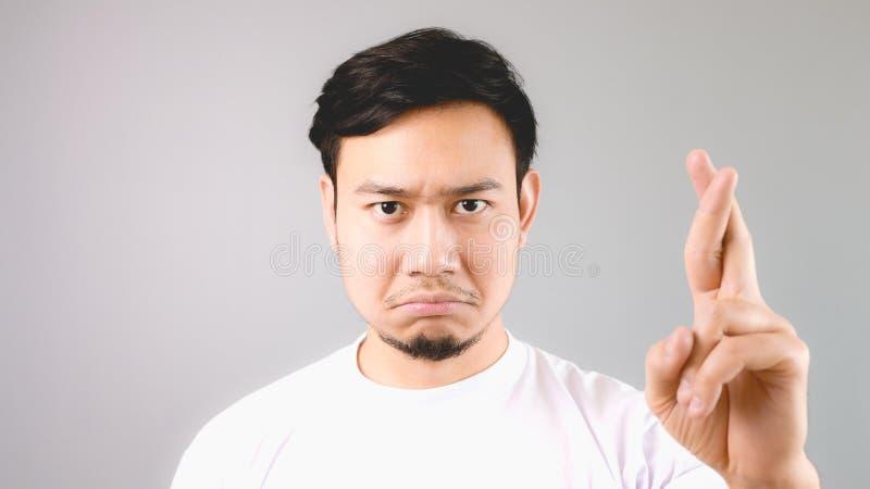 Mężczyzna zaprzeczał ofertę no robić lub ręka znaka rzecz fotografia royalty free
