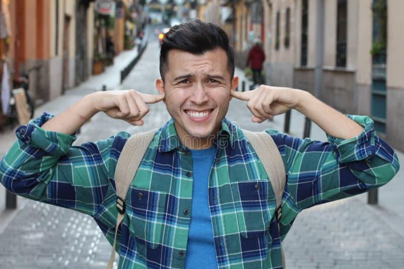 Mężczyzny doświadczalnictwa niewygoda w ucho fotografia stock