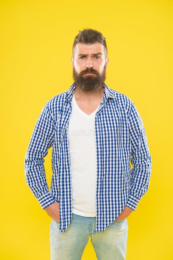 Męska fryzjer męski opieka Brutalny caucasian modniś z wąsem brodaty mężczyzna Moda mężczyzna z brodą Dojrzały modniś z fotografia royalty free