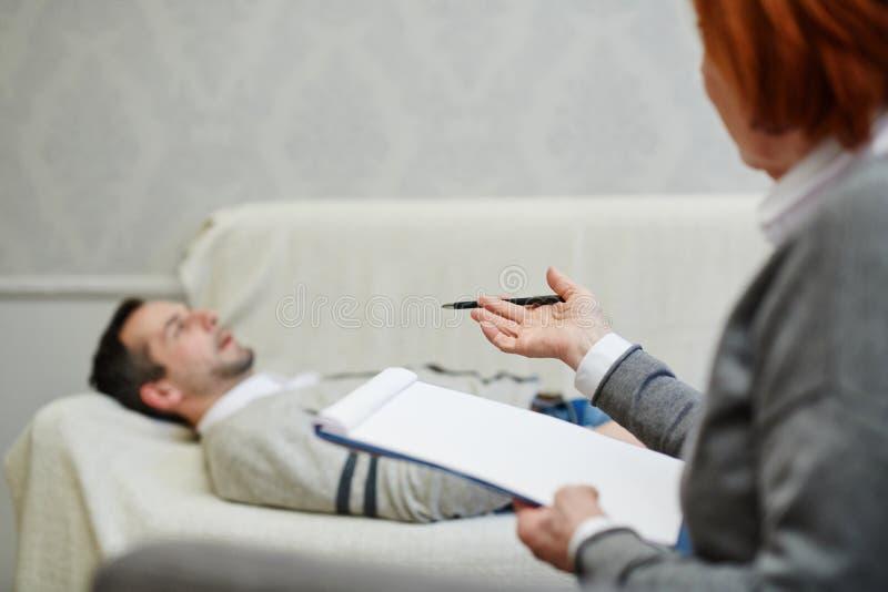 Męski pacjent z małżeństwo problemami zdjęcie stock