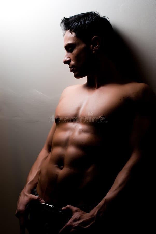 Męski sprawność fizyczna model zdjęcia royalty free