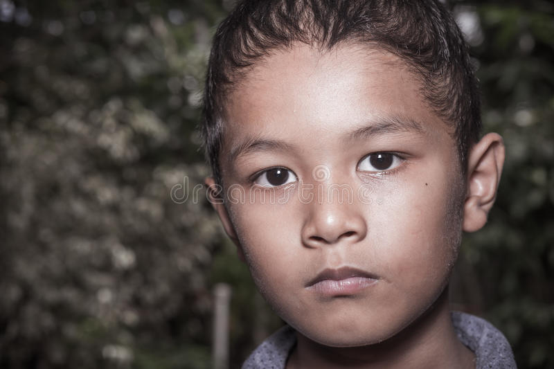 Młoda Azjatycka chłopiec samotnie fotografia royalty free