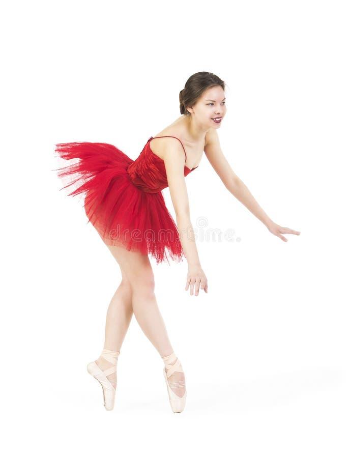 Młoda balerina w czerwonej spódniczce baletnicy obraz stock