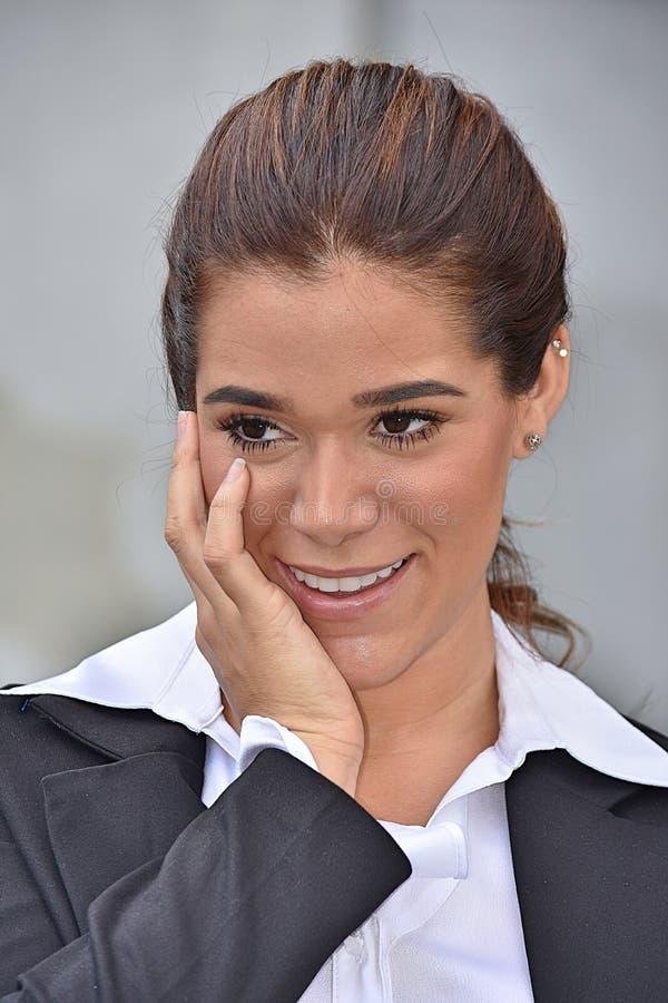 Młoda Biznesowa kobieta I szczęście Jest ubranym kostium obrazy stock