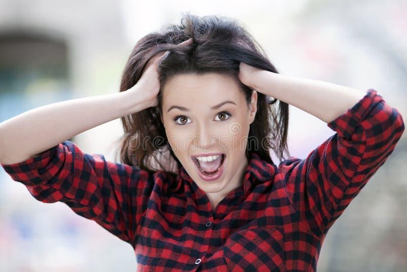 Młoda dziewczyna szokująca zdjęcie stock