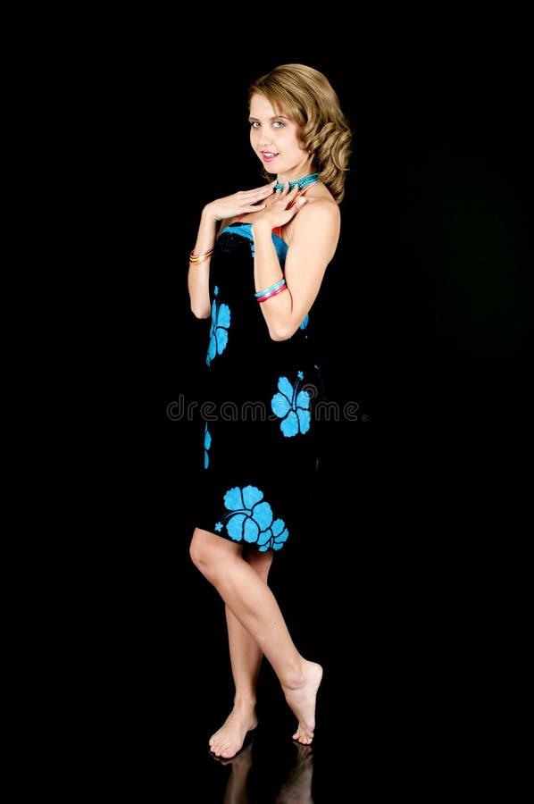 Młoda Dziewczyna TARGET449_0_ Bikini przykrywkę obraz royalty free