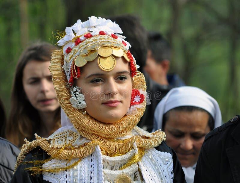 Młoda Gorani panna młoda w tradycyjnym kostiumu fotografia stock