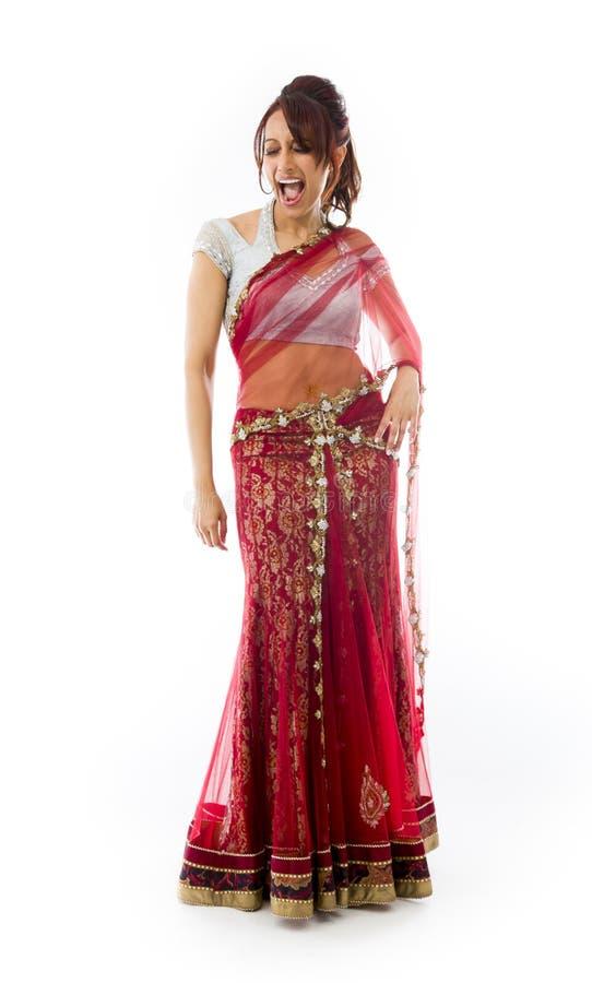 Download Młoda Indiańska Kobieta Patrzeje Excited Zdjęcie Stock - Obraz złożonej z ekstatyczny, przyjemność: 41951670