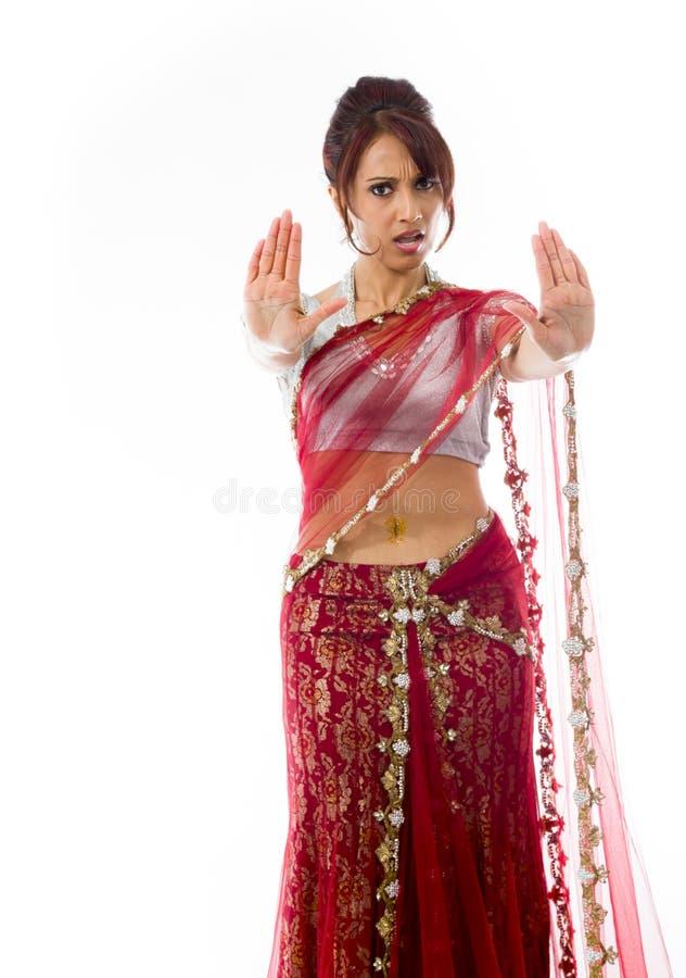 Download Młoda Indiańska Kobieta Robi Przerwie Gestykulować Znaka Od Oba Ręk Obraz Stock - Obraz złożonej z subkontynent, outstretched: 41951533