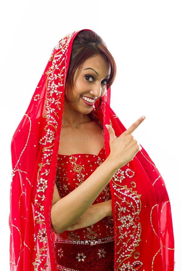Download Młoda Indiańska Kobieta Robi Smiley Twarzy Zdjęcie Stock - Obraz złożonej z gesundheit, osoba: 41952428