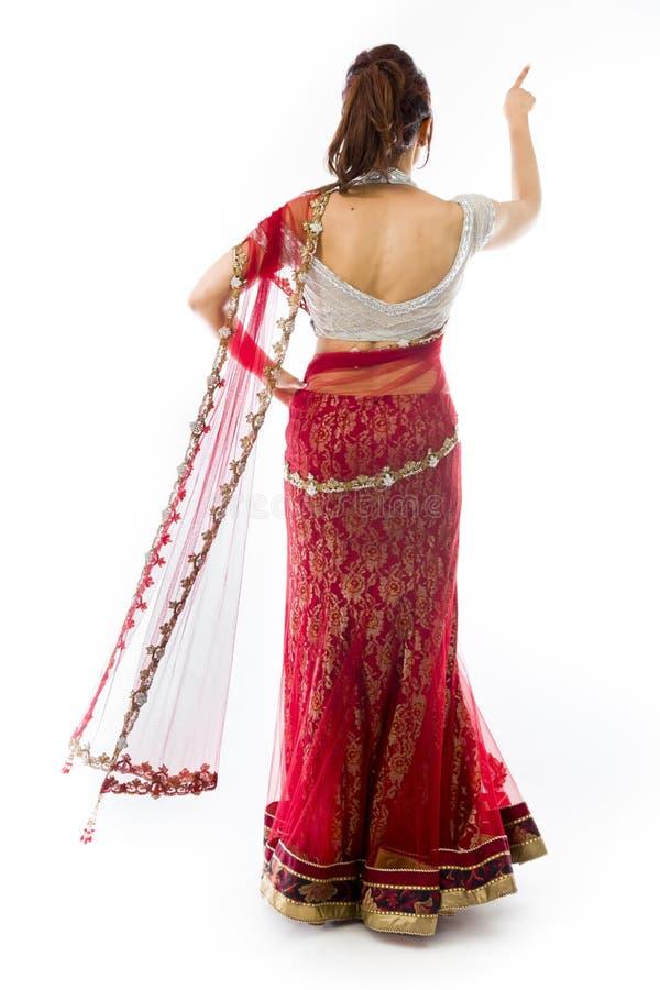 Download Młoda Indiańska Kobieta Udaje Pracować Na Dotyka Ekranie Zdjęcie Stock - Obraz złożonej z cyberprzestrzeń, human: 41951708