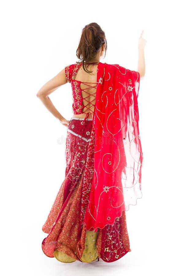 Download Młoda Indiańska Kobieta Udaje Pracować Na Dotyka Ekranie Obraz Stock - Obraz złożonej z wyobraźnie, długość: 41952383