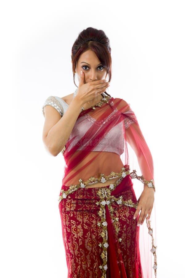Download Młoda Indiańska Kobieta Z Oddawał Jej Usta Obraz Stock - Obraz złożonej z widok, kamera: 41951633