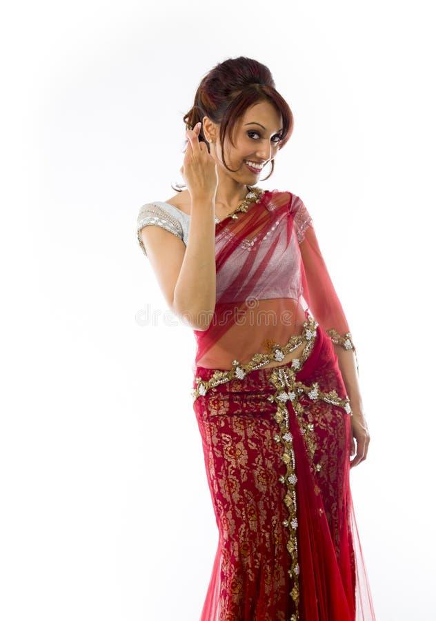 Download Młoda Indiańska Kobiety Pozycja Z Palcem Krzyżującym Obraz Stock - Obraz złożonej z dążenia, przód: 41951475