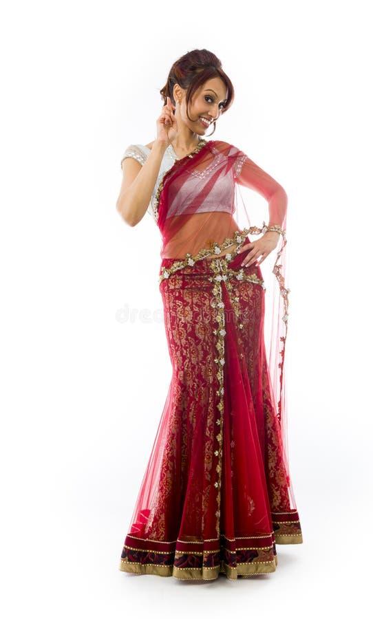 Download Młoda Indiańska Kobiety Pozycja Z Palcem Krzyżującym Obraz Stock - Obraz złożonej z przód, szczęście: 41951667