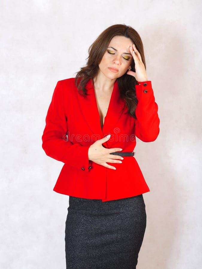 Młoda kobieta cierpi od migreny zdjęcie royalty free