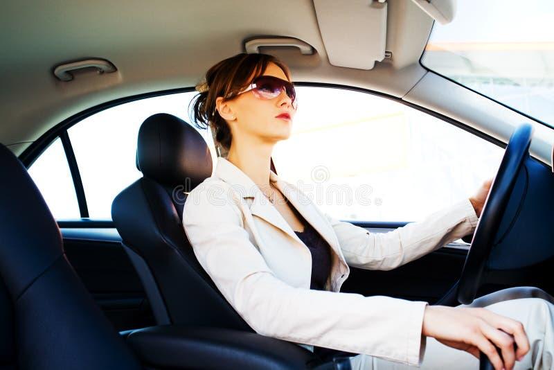 Młoda kobieta w samochodzie 3 zdjęcie royalty free