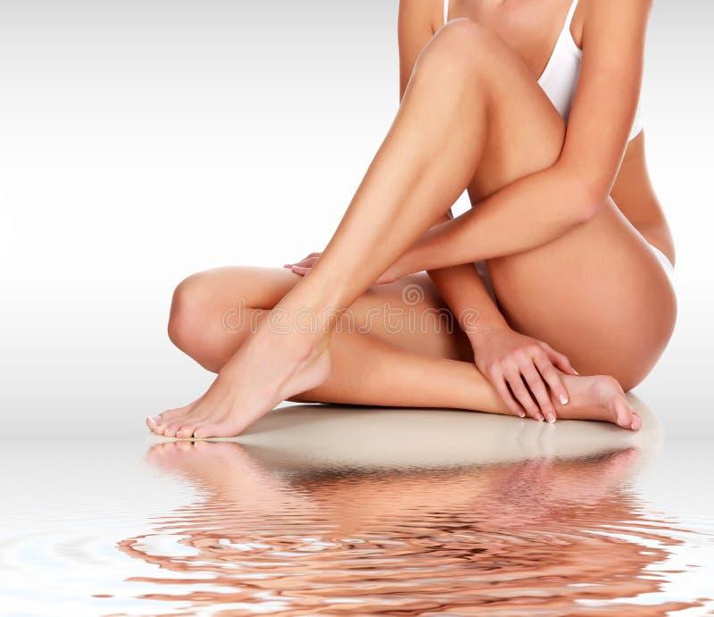 Młoda kobieta z szczupłym ciałem obraz stock