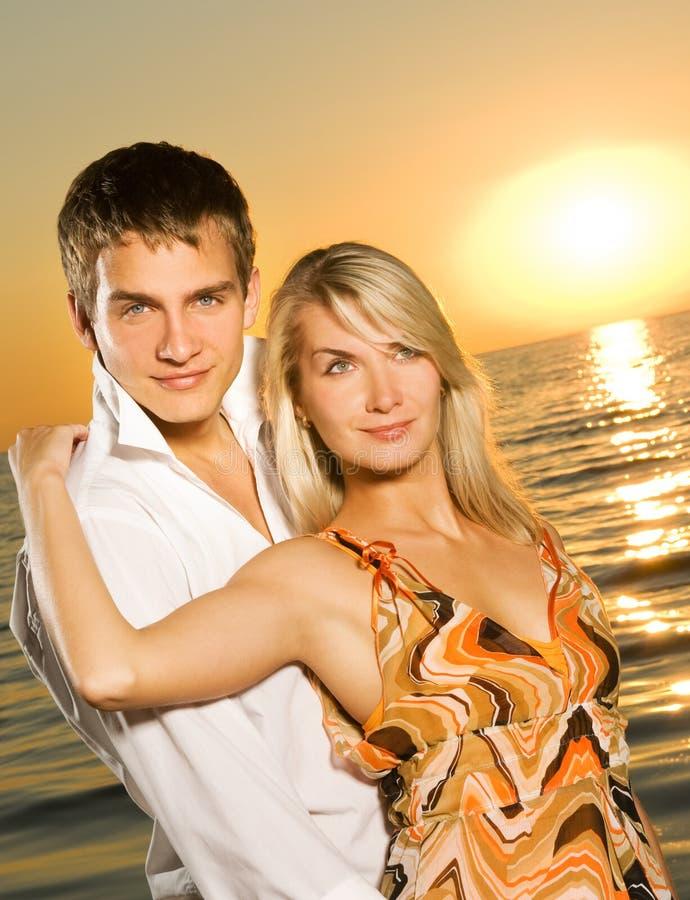 młoda miłość pary zdjęcie stock