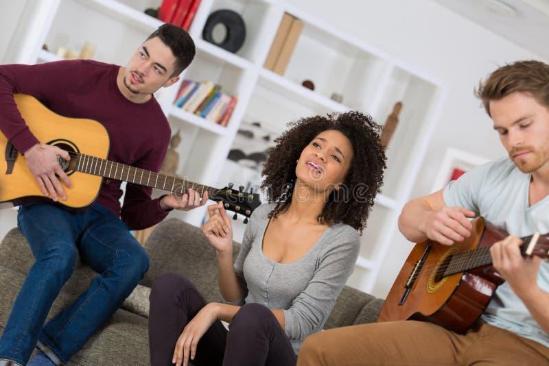 Młoda muzykalna grupa zdjęcie royalty free