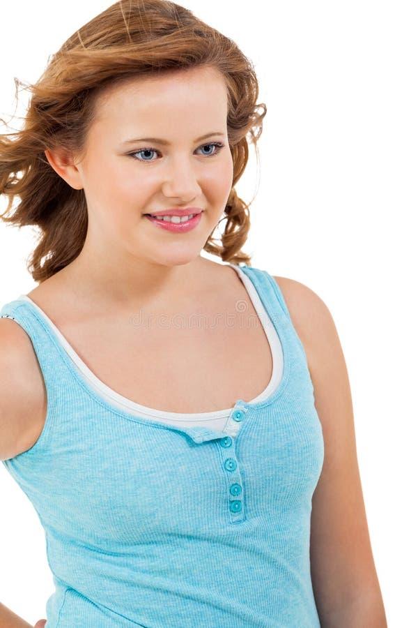 Młoda nastolatek dziewczyna ono uśmiecha się mieć zabawa portret zdjęcia royalty free