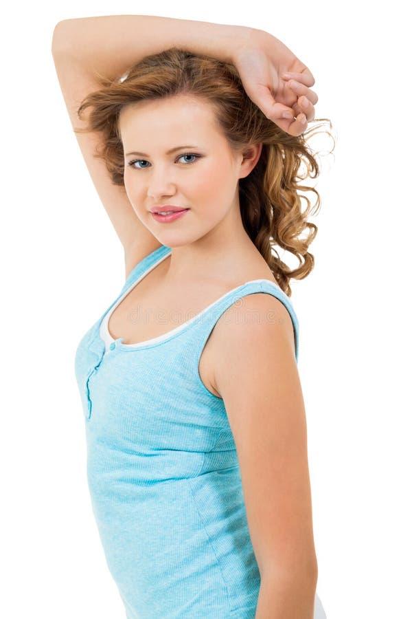 Młoda nastolatek dziewczyna ono uśmiecha się mieć zabawa portret fotografia stock