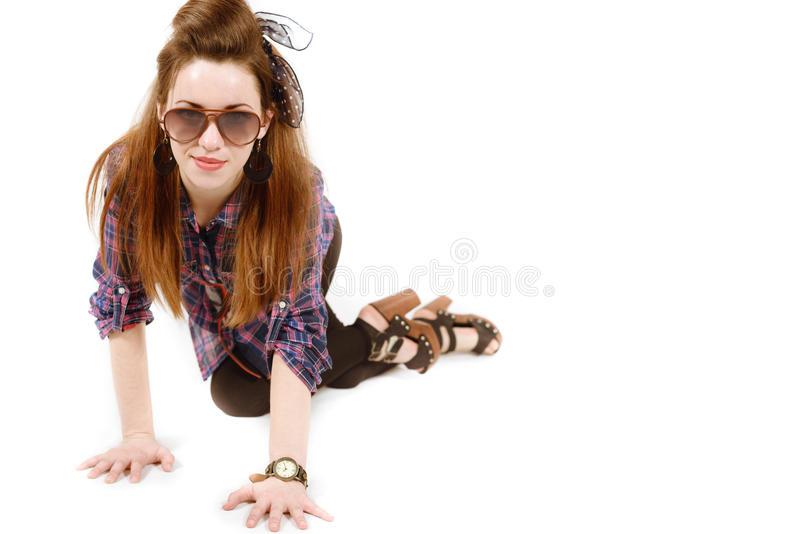 Młoda piękna kobieta w retro stylowej szpilce zdjęcia royalty free