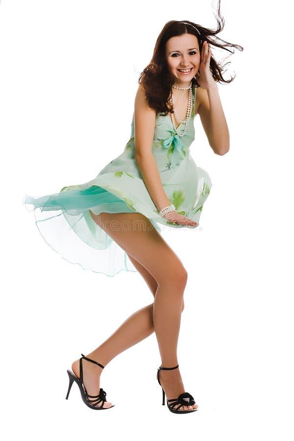 młode atrakcyjne wiatrowe kobiety zdjęcia royalty free