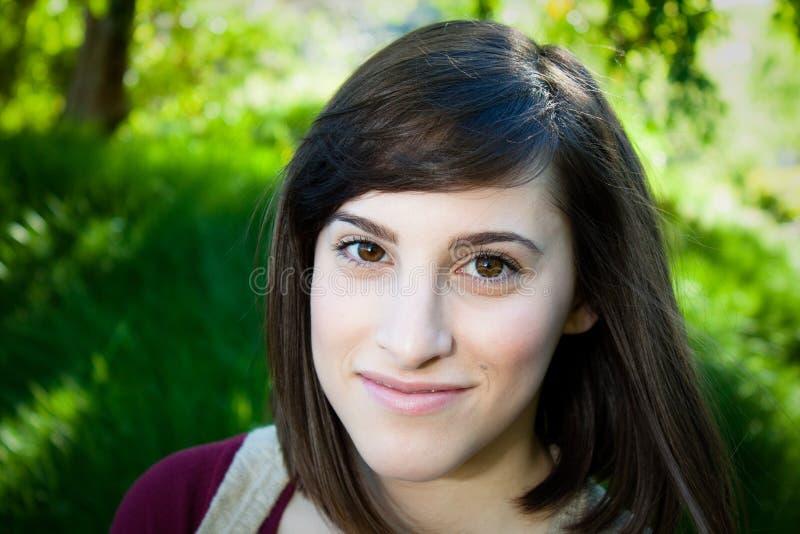 młode kamer kobiety urocze uśmiechnięte obraz royalty free