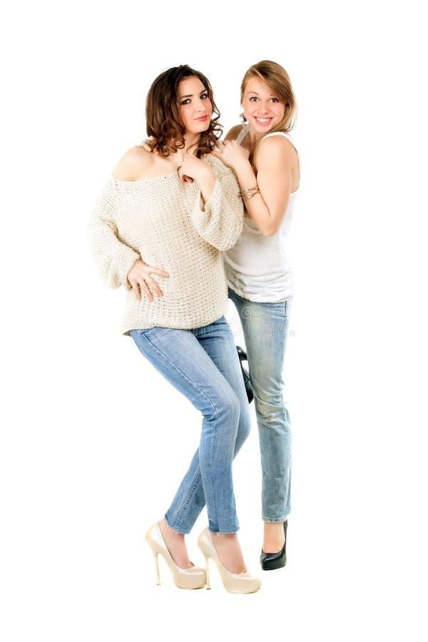 Młode uśmiechnięte kobiety zdjęcia royalty free