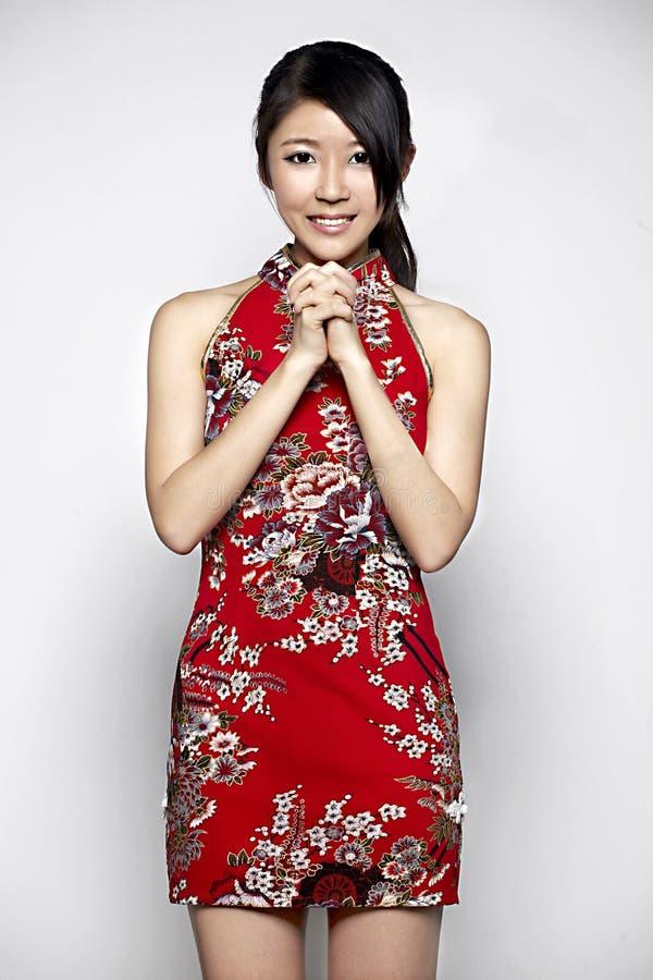 Młodej azjatykciej kobiety Szczęśliwy chiński nowy rok fotografia stock