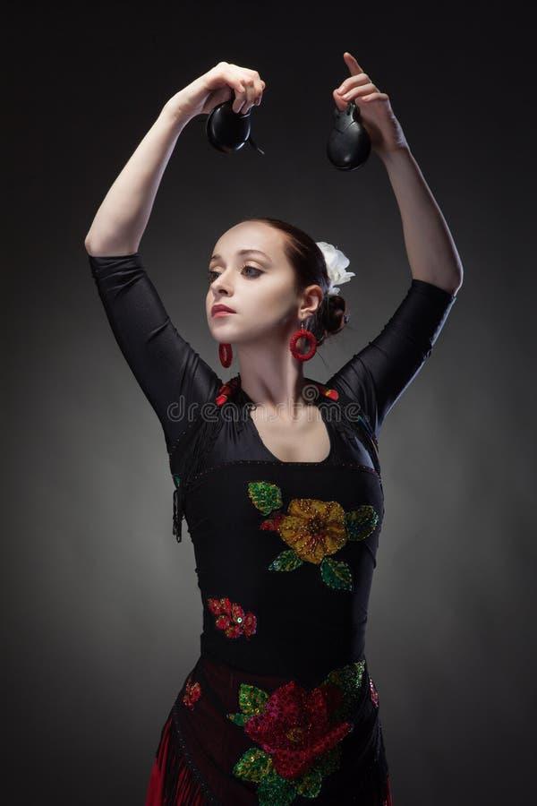 Młodej kobiety dancingowy flamenco obraz royalty free