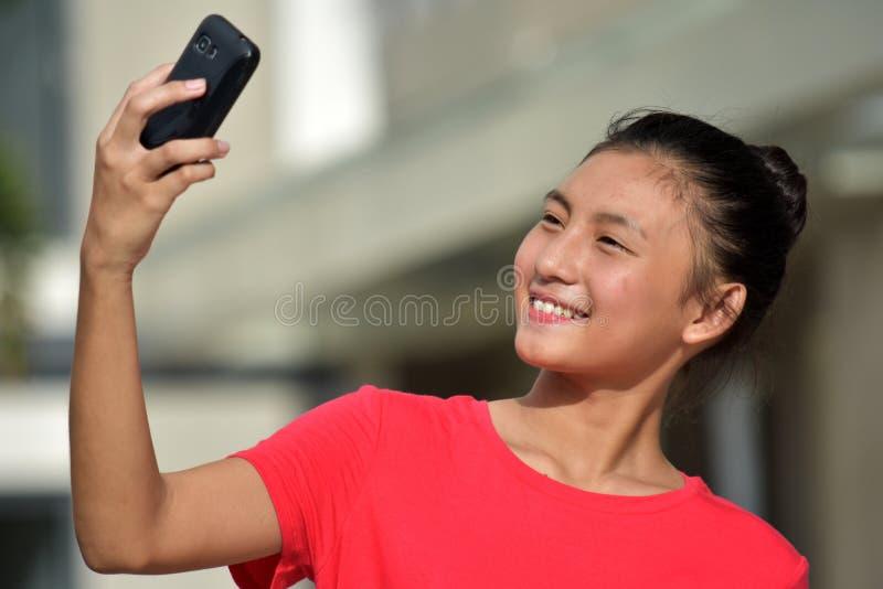 Młodociana filipinka kobieta Selfie zdjęcie royalty free